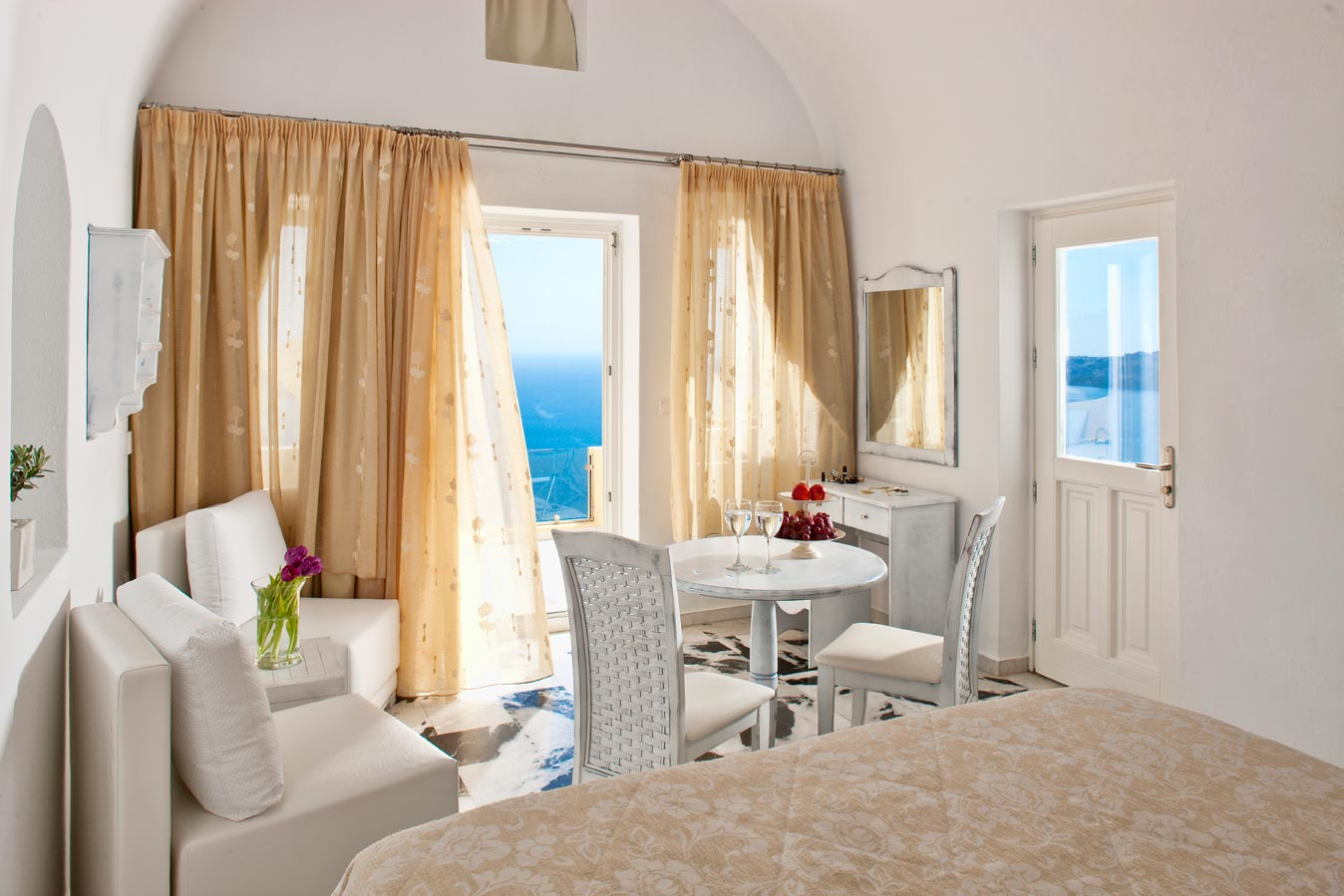 Santorini Princess Spa Hotel Official Booking Engine